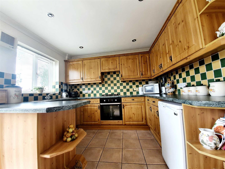 Brownhills, Gorseinon, Swansea, SA4 4AB